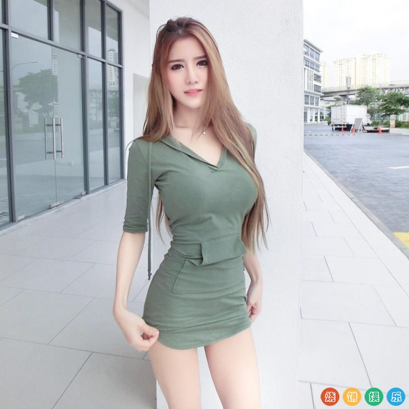 史上最��S型,大�R美女模特Cherry Quahst(Quah Sue Theng)
